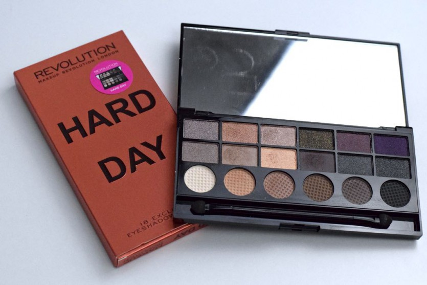 MAKEUP REVOLUTION – HARD DAY