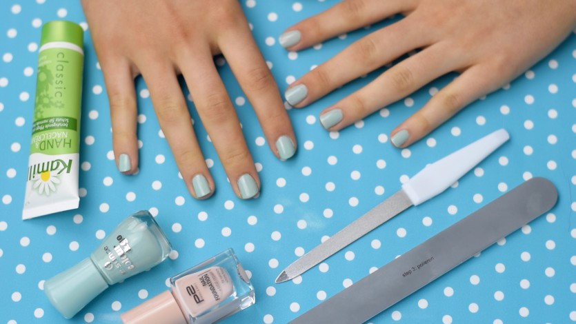 DIY | Fingernägel lackieren | Pastellfarben