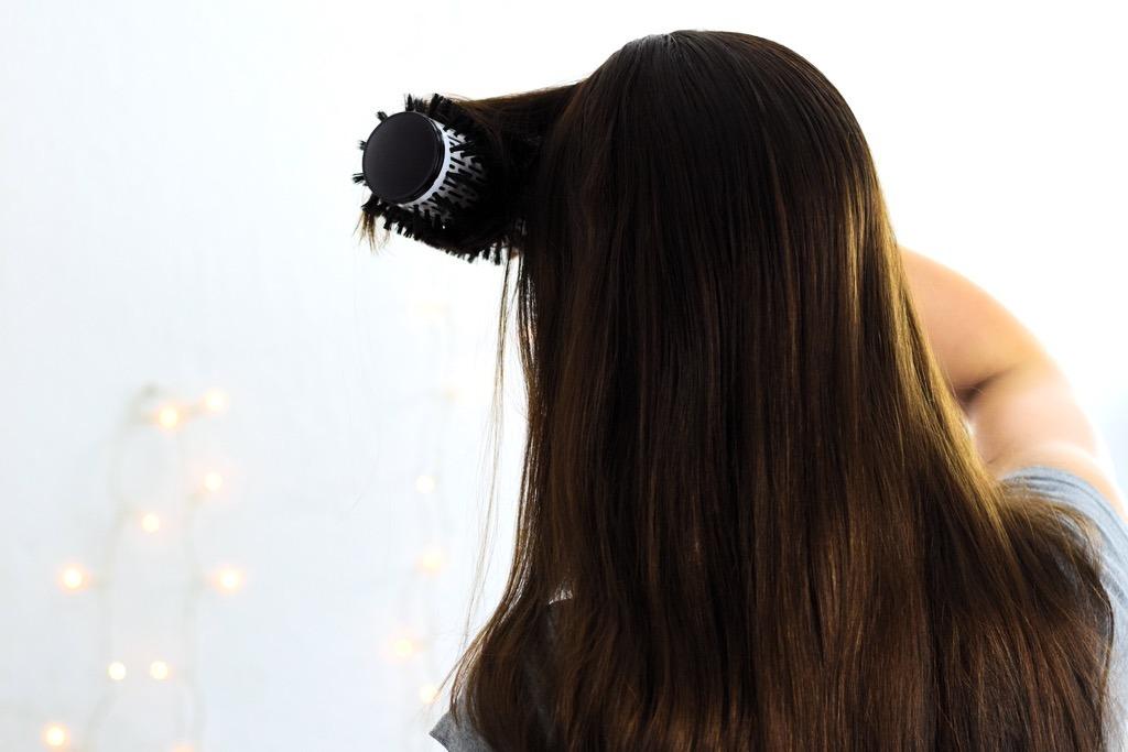 Das Geheimnis langer glatter Haare