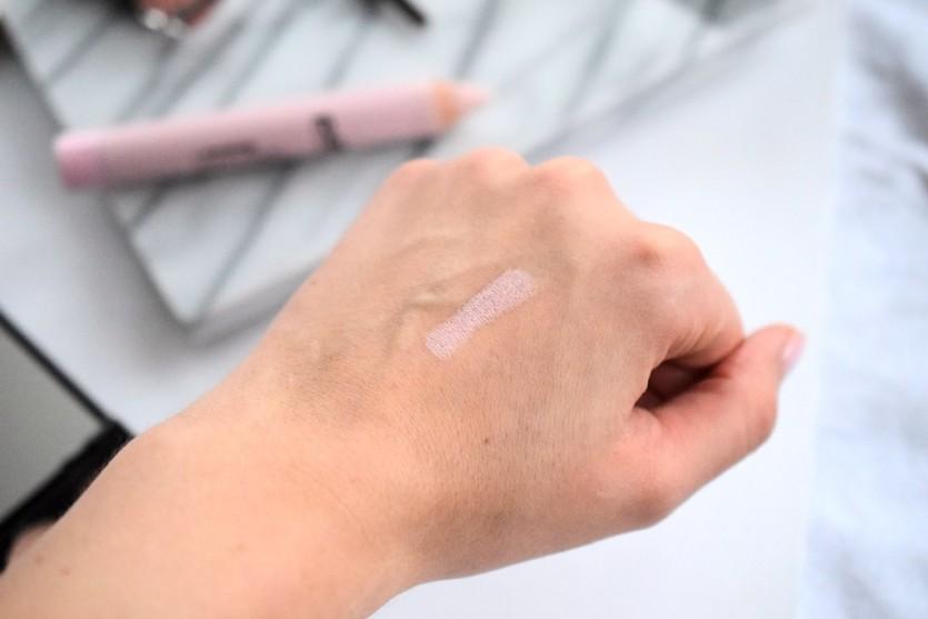 Sleek Make Up Look Tutorial Lidschatten palette Lippenstift nude natürlich münchen