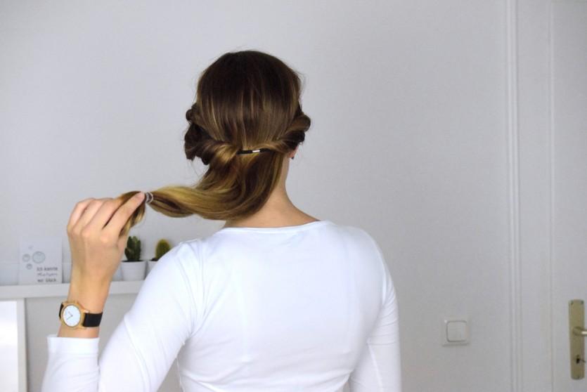 Stylische Frisuren zum Selbermachen lange haare mittellange haare245_01.jpg Stylische Frisuren zum Selbermachen lange haare mittellange haare248.jpg Stylische Frisuren zum Selbermachen lange haare mittellange haare250.jpg Stylische Frisuren zum Selbermachen lange haare mittellange haare
