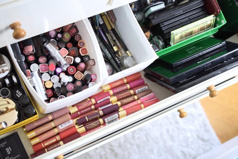 So bringst du Ordnung in deine Make-Up-Sammlung