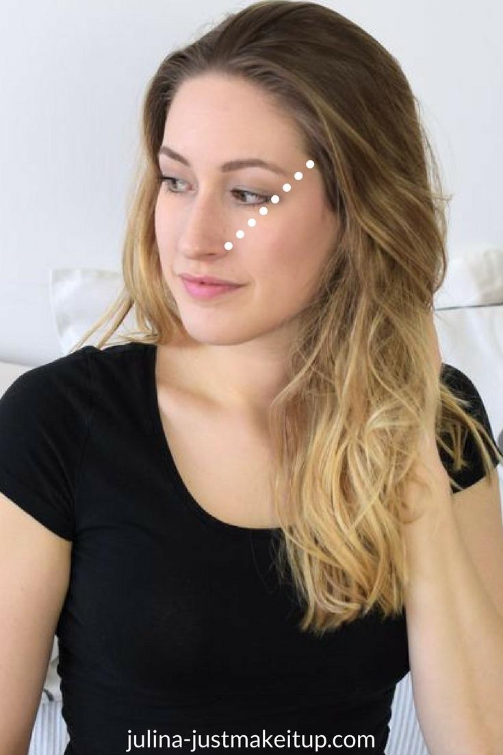 Beauty hacks die wirklich funktionieren lidschatten richtig auftragen visitenkarte