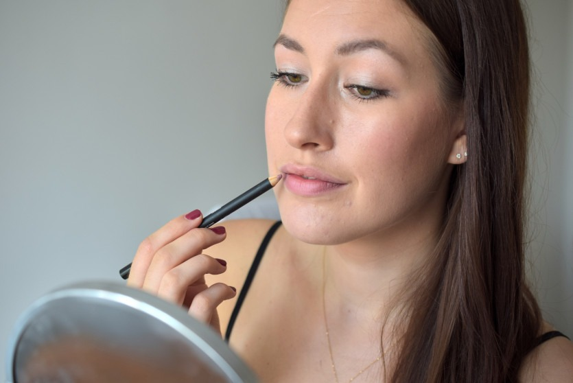 Dewy Skin Make-up Tutorial mit Brilliant Cosmetics